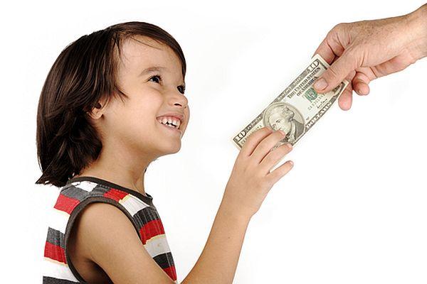 3 điều cần dạy trẻ về tiền bạc
