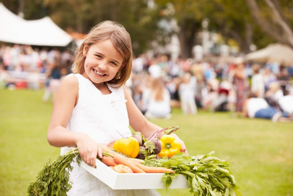 kid go to market